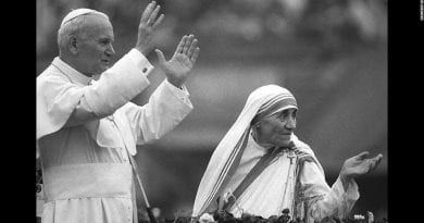 Third Secret Fulfilled on Fatima Anniversary – May 13, 1981: Assassination Attempt on Pope John Paul II! Dramatic CBS News Report.