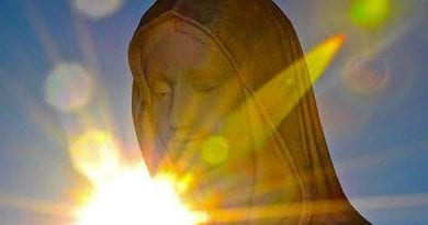 "Signs and Prophecy: Medjugorje On September 25, 2017  in a Monthly Message Our Lady Announced: ""In a special way I am imploring you to pray for priests !..Many souls are in sin"""