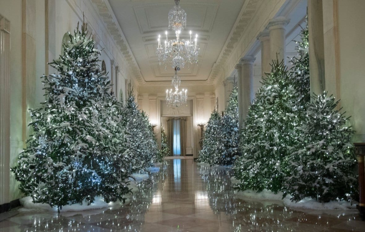mystic post - White House Christmas Decorations