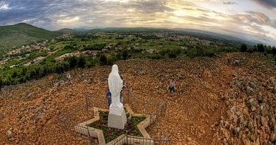 """Today we are talking about the 3rd secret of Medjugorje. It will be a great sign, which will convert many"" Already today a webcam is constantly resuming the point where it will appear."