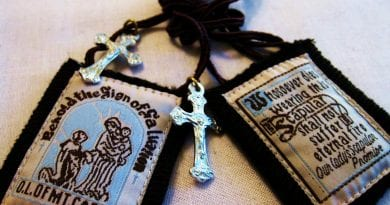 9 Amazing Miracles Involving The Scapular Of Our Lady