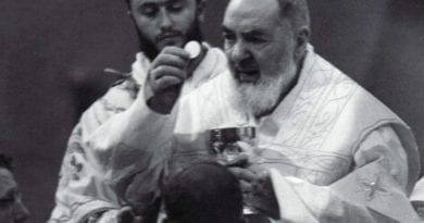 Padre Pio wrote this beautiful letter just for you! Read it right away, you'll be fine