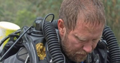 Daring Diver Doctor: The Australian doctor playing a key role in Thai cave rescue