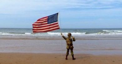 """Happy Birthday America – """"God Bless America"""" Video with lyrics"""