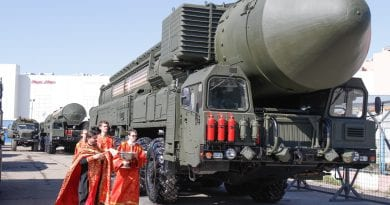 Signs: Russia Moves Nuclear Missiles Near Ukraine Border