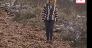 Rare: Video of Mirjana Walking down Apparition Hill. Speaks in English about the first time she saw the Queen of Peace – (Minute 1:06)