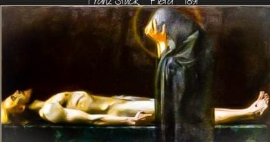 Journeying the Stations of the Cross with Mary  A Reflection for Holy Week