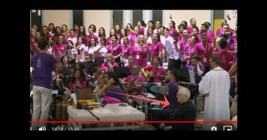 """With Vatican Envoy Present at Medjugorje Youth Festival, crowd sings """"Emmanuel"""". Watch video to see """"peace on Earth"""""""
