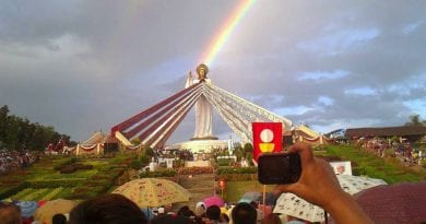 The Dancing Sun Miracle on Divine Mercy Hill…Over 3 Million Views..10,000 eyewitnesses