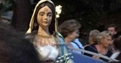 Weeping Statue from Medjugorje .. Italian couple receive warnings and prophecies … Aramaic writings (language of Jesus)  appear on wall. Curia Investigates.