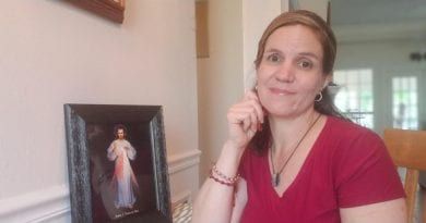 "This woman seeks to have 20 billion Divine Mercy Chaplets prayed for the dying in 2020 ""Too many people are dying alone"""
