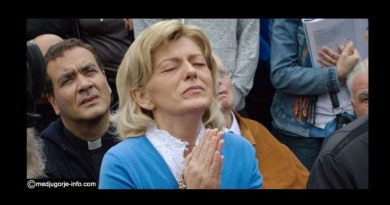 """What is the secret to Eternal life in heaven? Medjugorje: Our Lady Reveals — """"Only these kinds of souls go to Heaven"""".."""