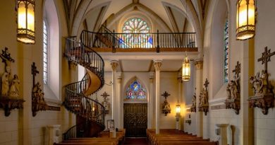The Loretto Chapel Staircase Miracle…One of the great Miracles in USA
