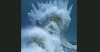 Poseidon rises! Crashing wave appears to show the face of fearsome god of the sea
